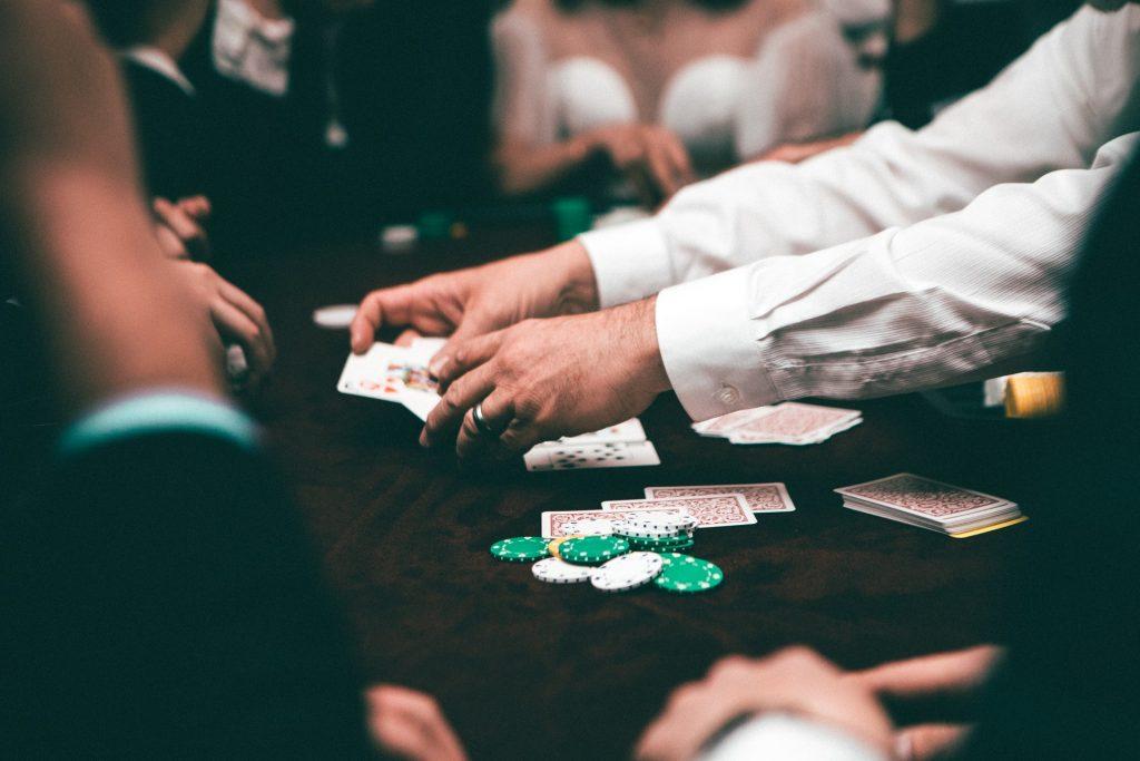 poker, play poker, playing poker, game đánh bài, game đánh bài poker, chơi poker, cách chơi poker, luật poker, đánh bài poker, chơi poker online, đánh bài poker online, poker online, đánh bài đổi thưởng, đánh bài online, game bài đổi thưởng, game bài online, web game đánh bài, web game bài